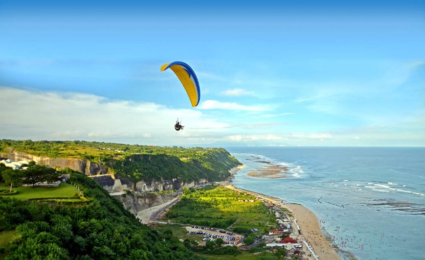 Paragliding in Bali top 10 things to do in bali
