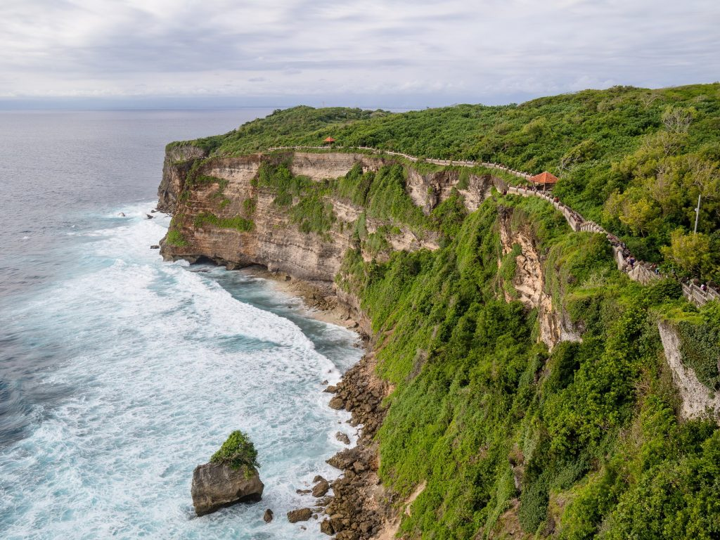 Tanah Lot, Uluwatu and Jimbaran Day Tour