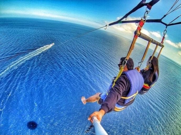 romantic bali paragliding