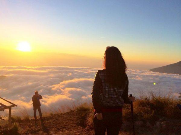 bali destinations; batur trekking