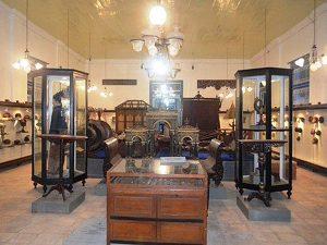 Inside of Radya Pustaka Museum