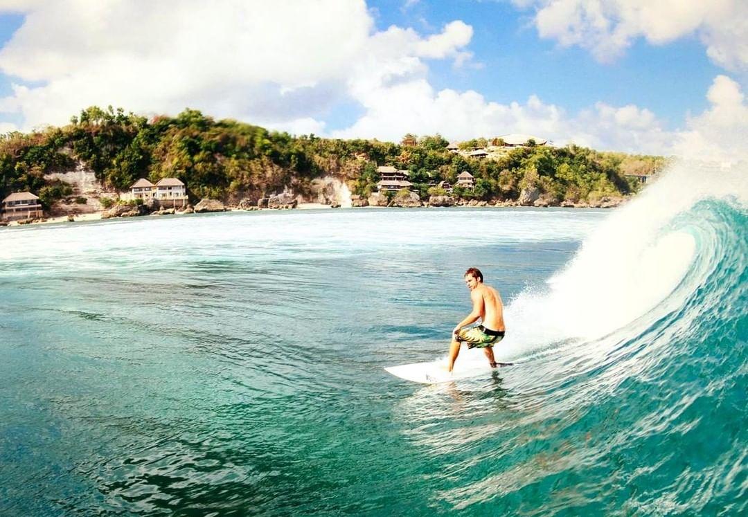Surf School in Bali; Rapture Camp