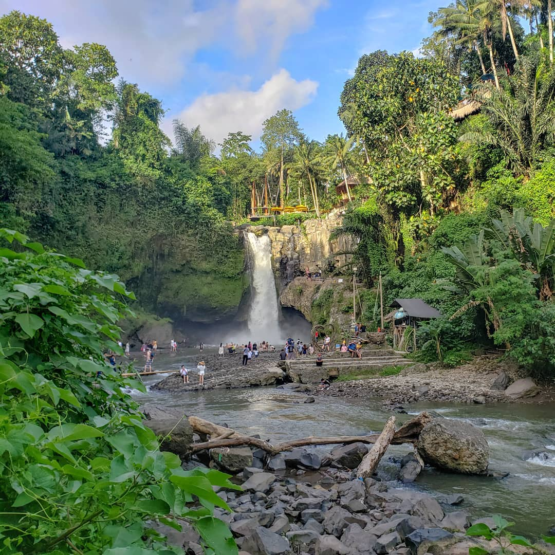 Waterfalls in Bali; Tegenungan Waterfall