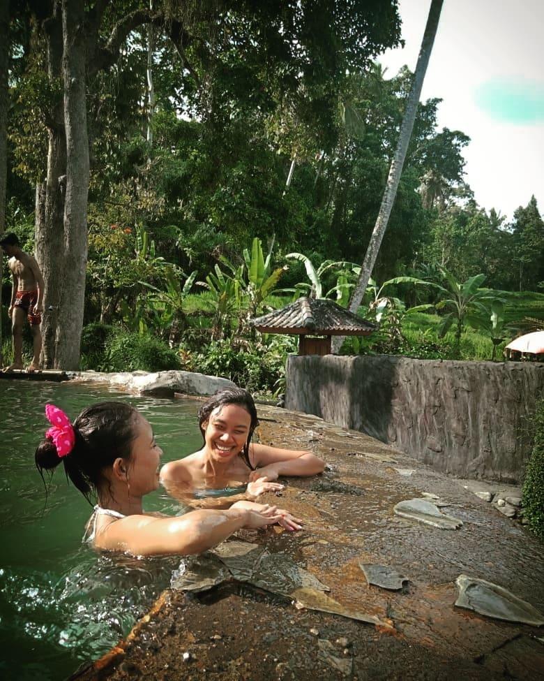 Hot Spring in Bali; Angseri Hot Springs