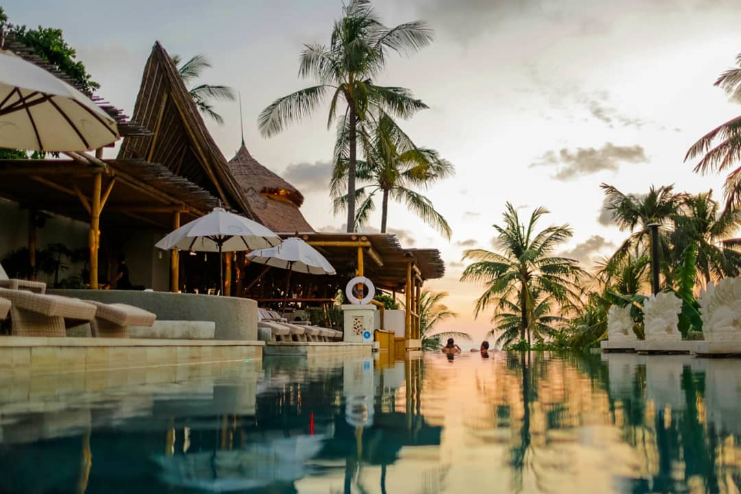 Bali Beach Club; Azul Beach Club