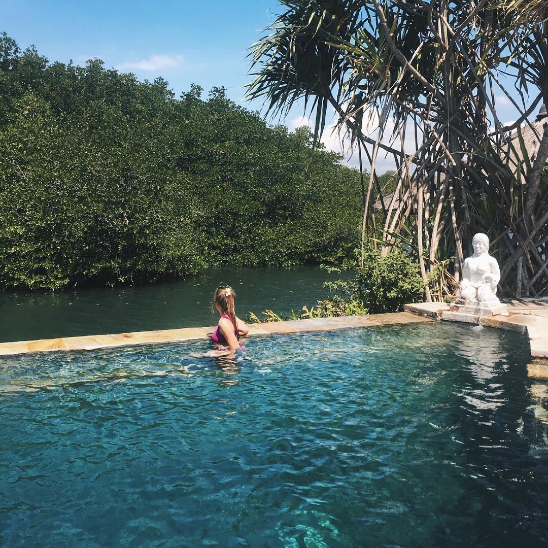 Hot Spring in Bali; Banyuwedang Hot Springs