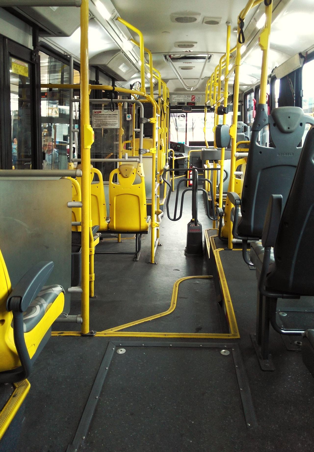 Taxi Bali; Bus