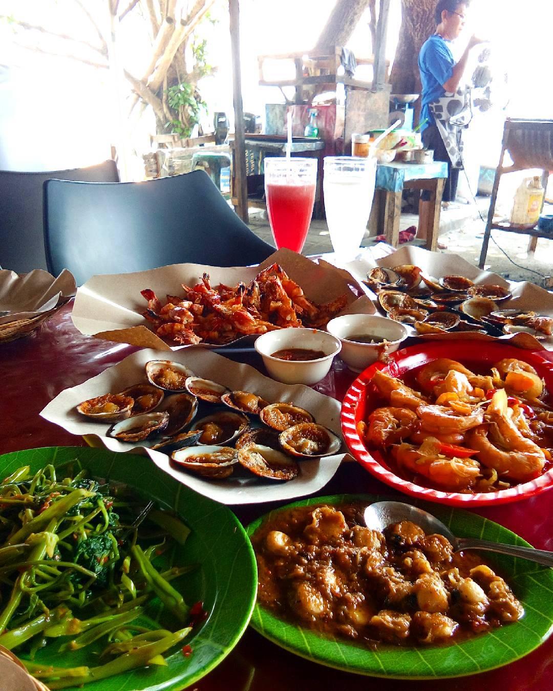 Bali Airport; Jimbaran Seafood