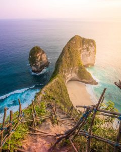 Beaches in Bali; Kelingking Beach