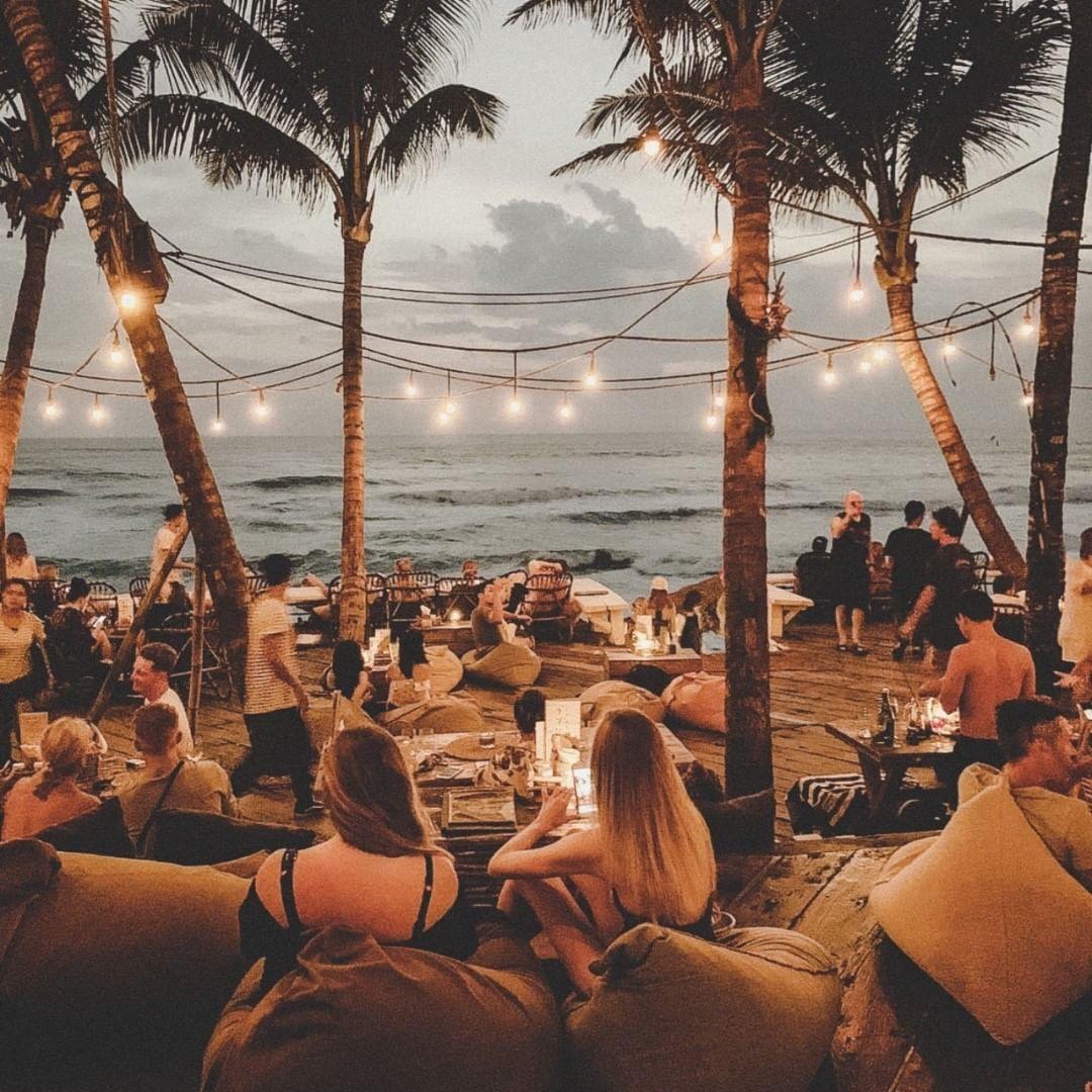 Bali Beach Club; La Brisa Beach Club
