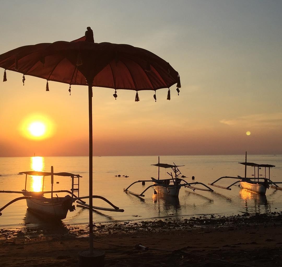 Beaches in Bali; Lovina Beach