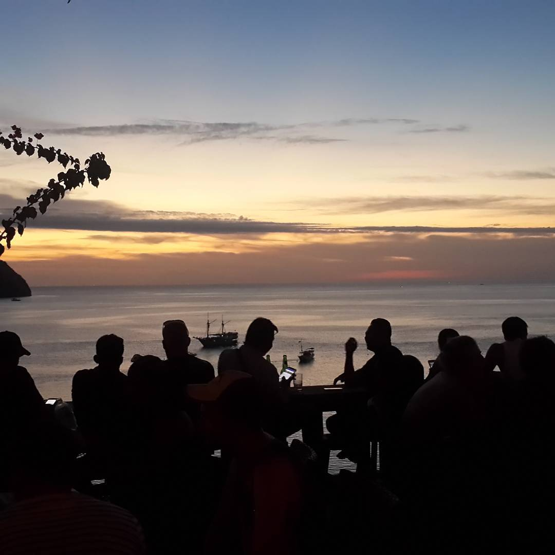 things to do in Labuan Bajo; Paradise Bar @christinesatrio