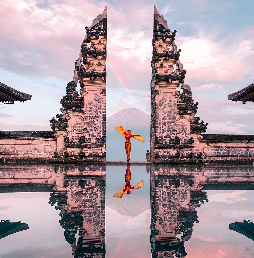 Places to See in Bali; Pura Luhur Lempuyang