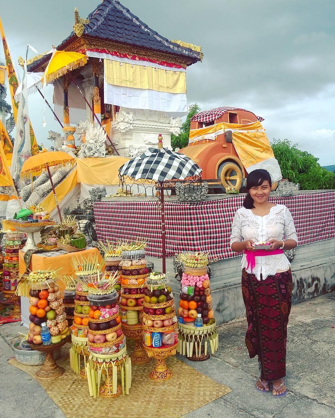 Temples in Bali; Pura Paluang