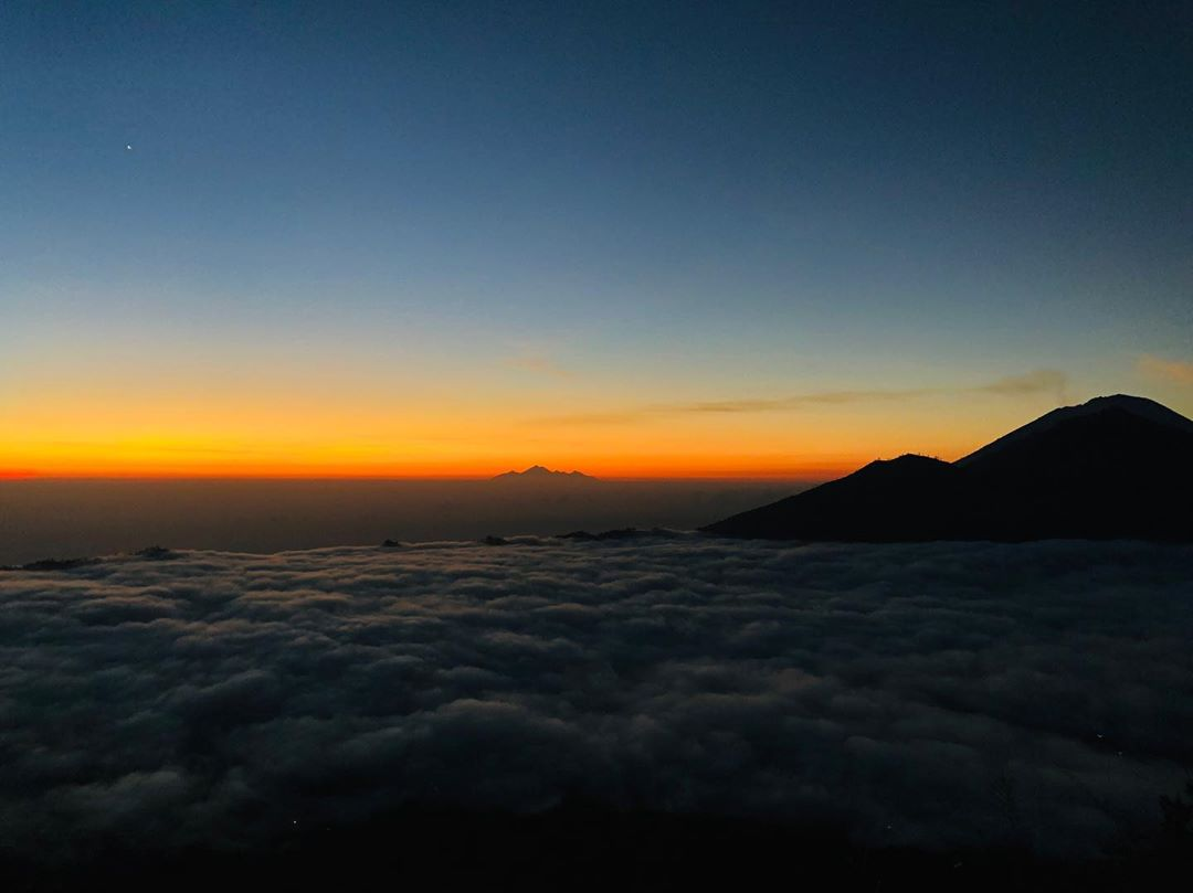 What to See in Bali; Sunrise in Mount Agung