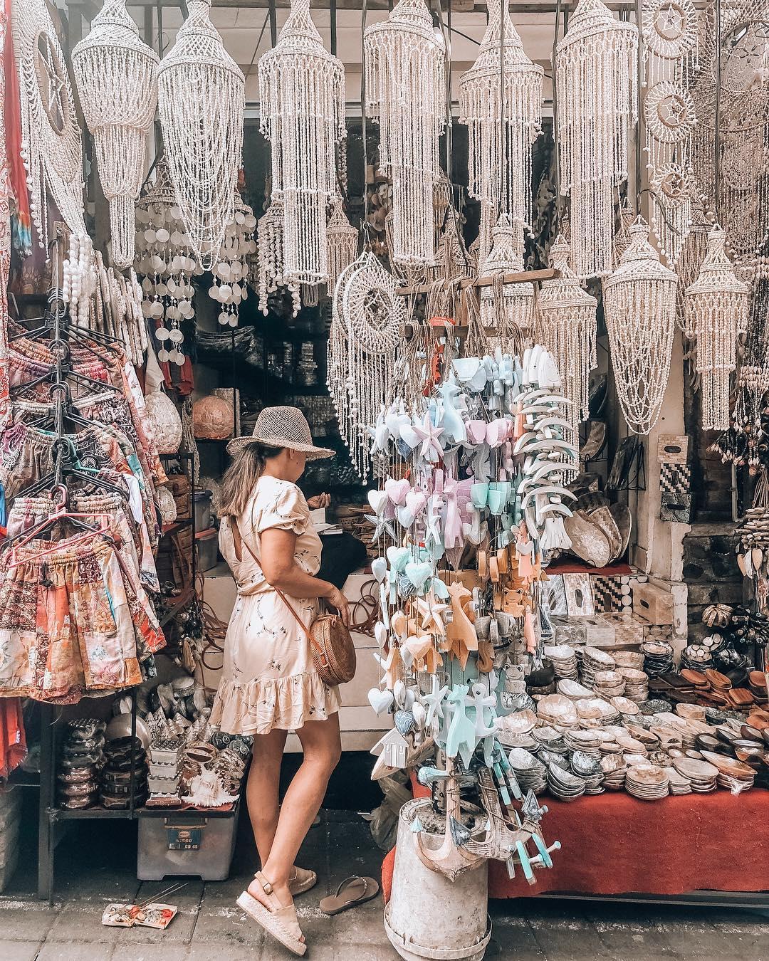 Activities in Bali; Ubud Art Market
