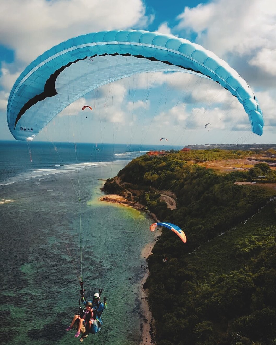 Bali Paragliding - IG @timbisparaglidingbali