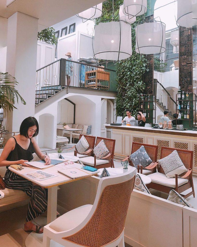cafe bali; Batik Restaurant @christinalws80