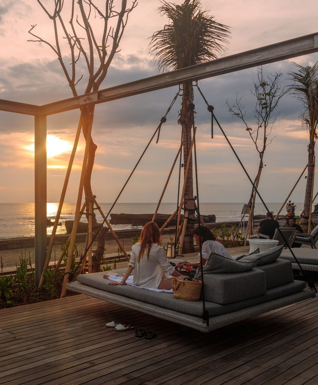 Beach Club Bali: Como Uma Canggu Beach Club by @comobeachclub.canggu