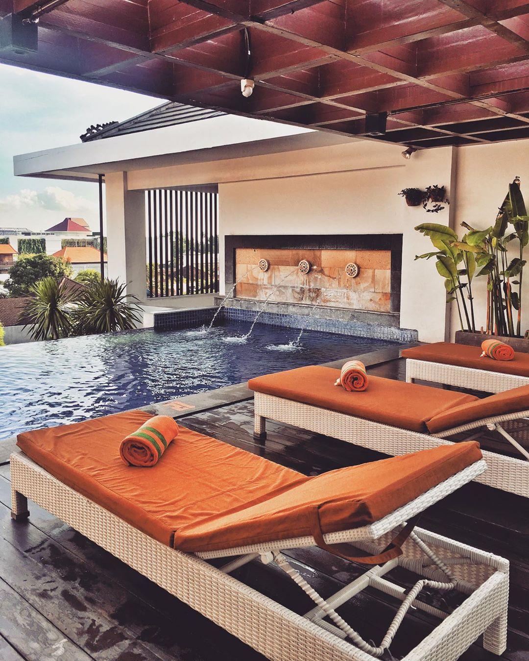 Seminyak Hotels: Harris Hotel Seminyak by @harrisseminyak