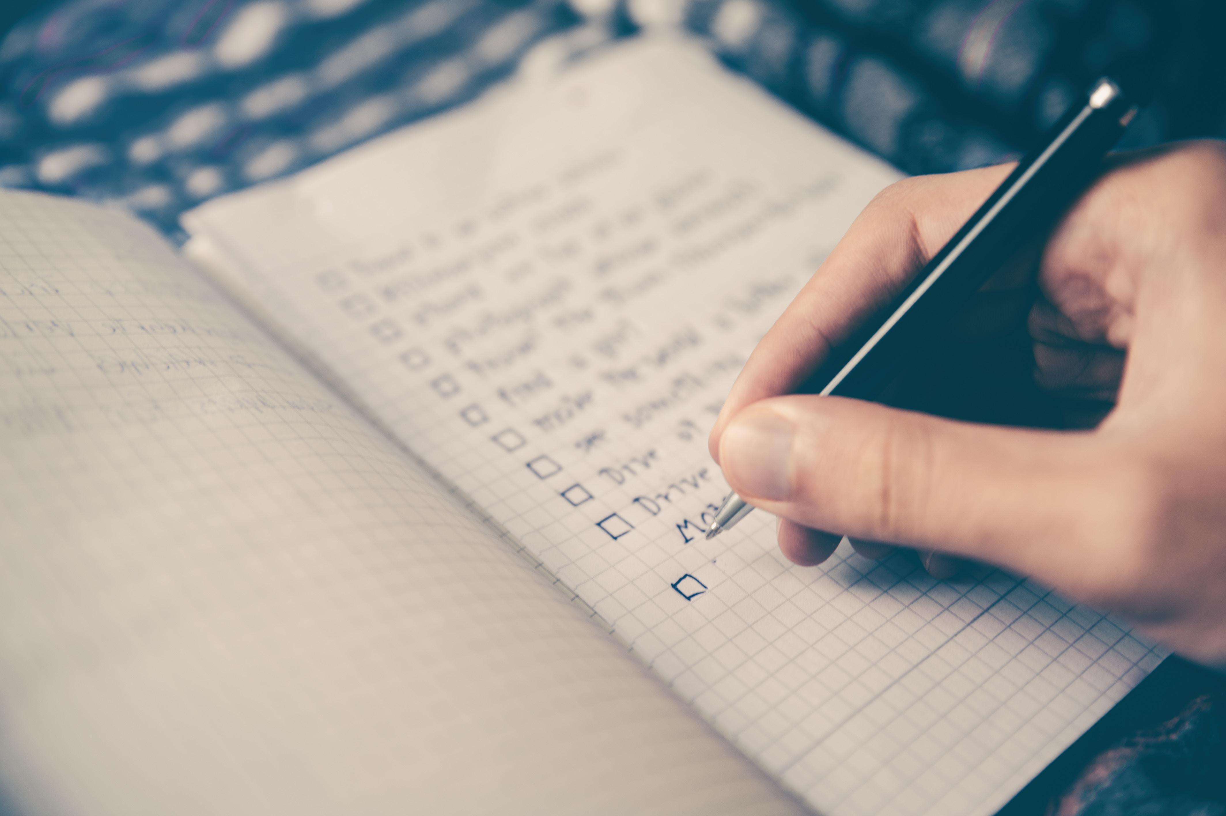 Making List by Glenn Carstens-Peters on Unsplash