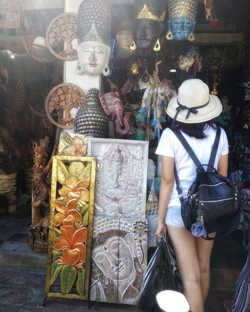 ubud market; Sukawati Art Market @debrina_afrilinda
