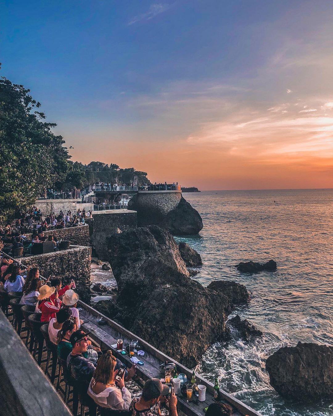 Bali Bar: Rock Bar Bali by @yitung822