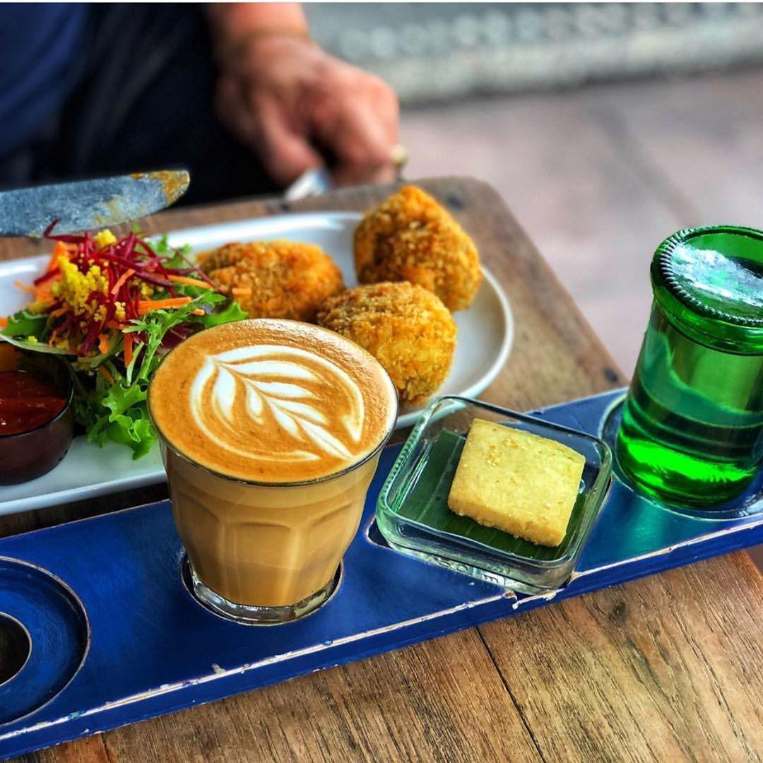 Seniman Coffee Studio by @senimancoffee