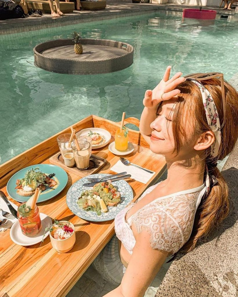 cafe seminyak; The gorgeous @betty_1023 has floating brunch at @cabinabali