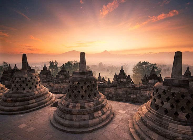 what to do in yogyakarta; Borobudur Sunrise @mr_laplante
