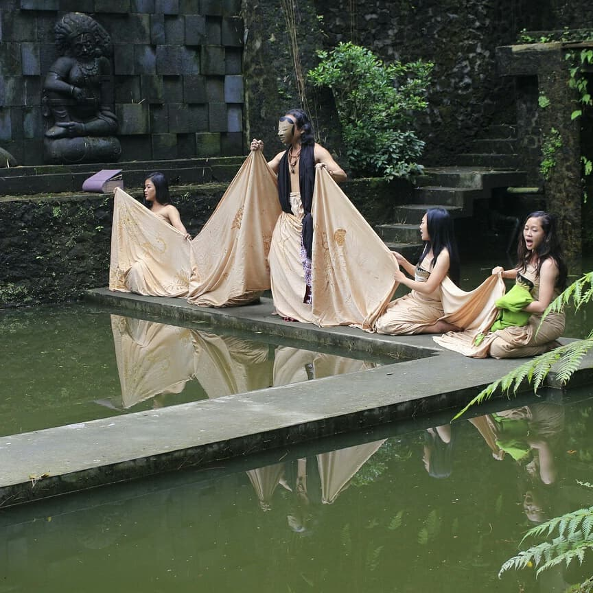 what to do in yogyakarta; Special Performance in Mask Dance Festival at @ullensentalu Museum