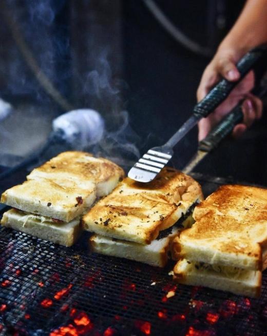 street food in jakarta