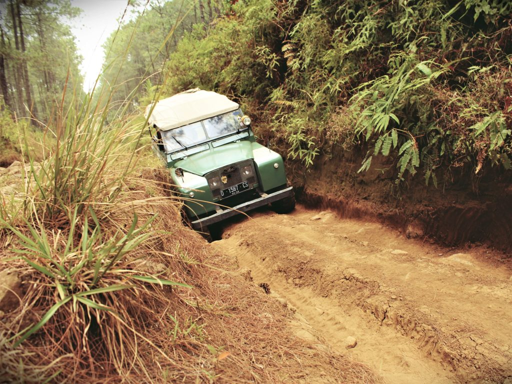 off road land rover