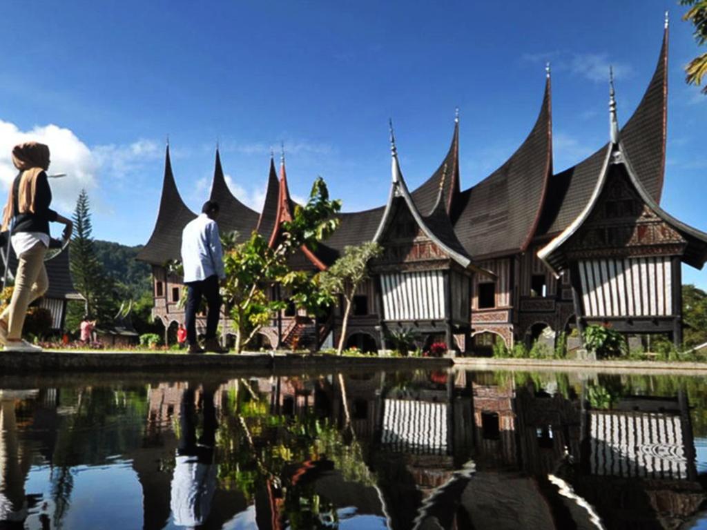 minangkabau tour