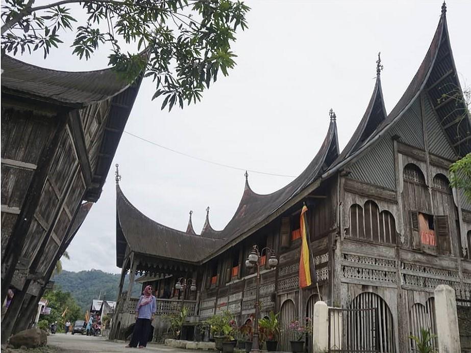 gadang house